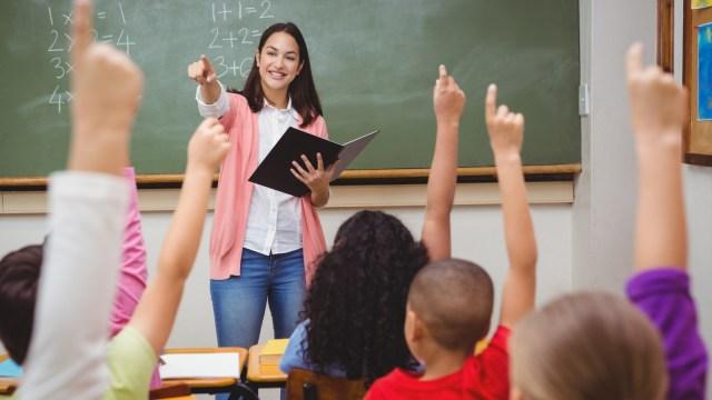 menjadi guru yang dicintai murid